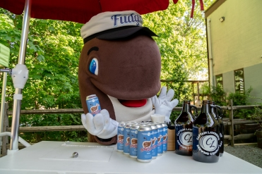 Fudgie and Fudgie the Beer 1.jpg